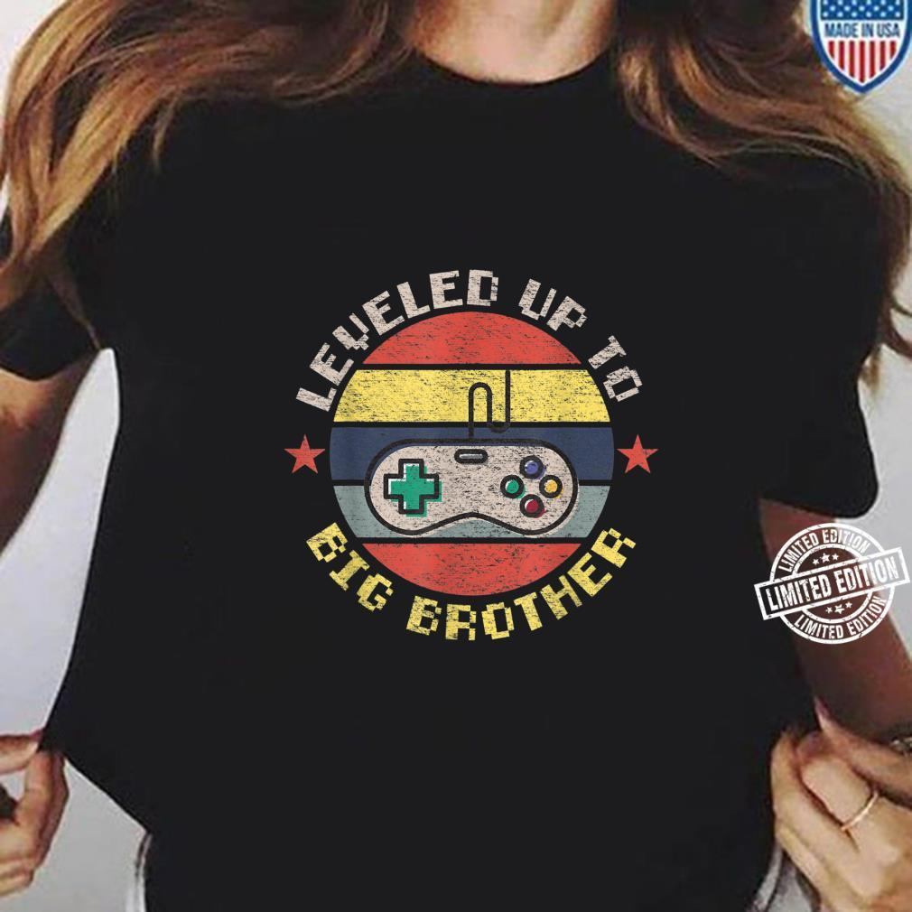 Leveled up to Big Brother, Promoted to Leveling Up Big Bro Shirt ladies tee