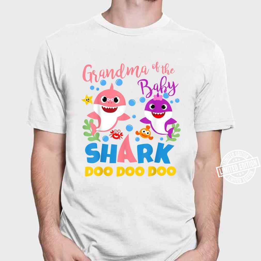 Oma des Baby Shark Boy Blau Rosa Familiengeschenk Doo Doo Shirt