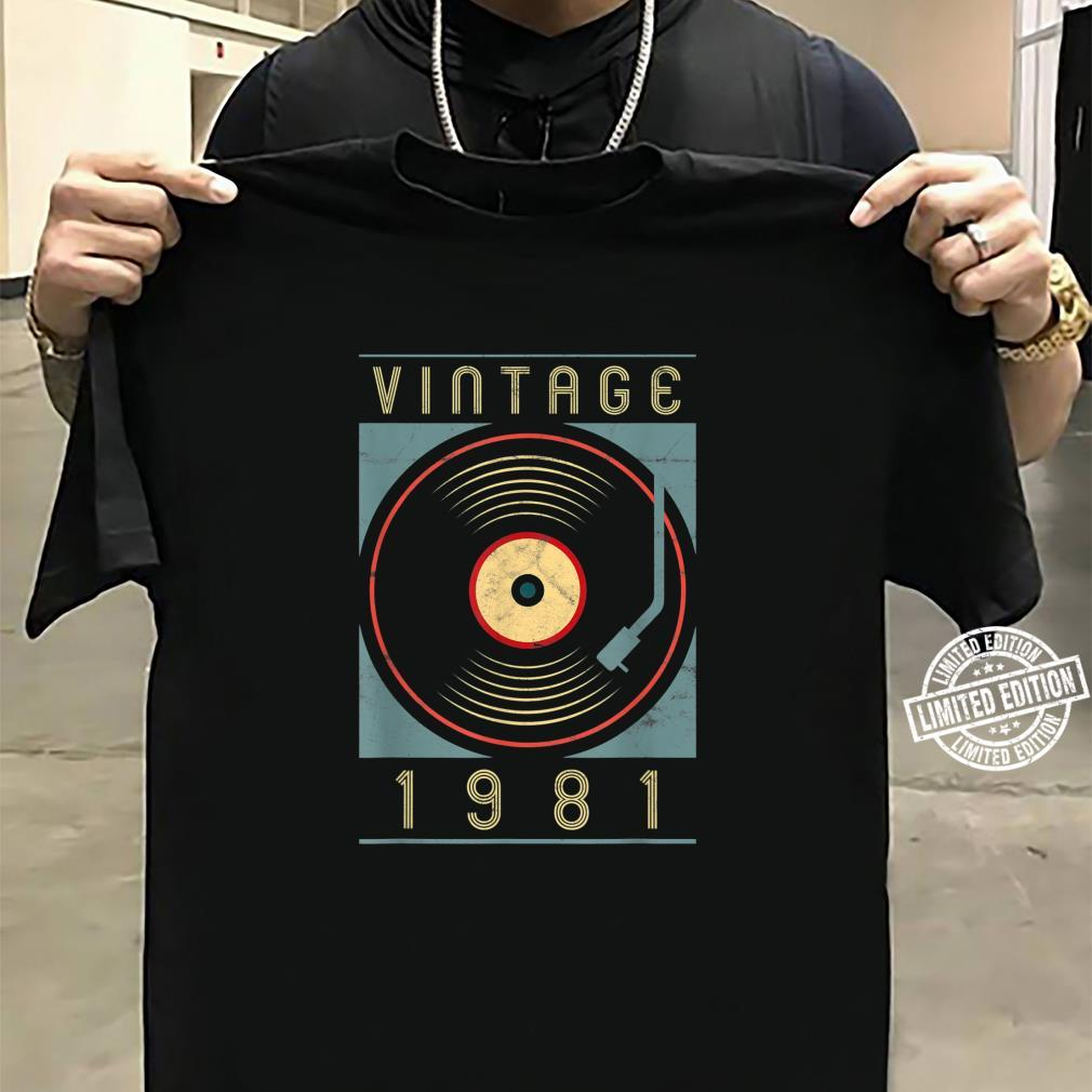 Vintage 1981 Vinyl Retro Turntable Birthday DJ Shirt sweater
